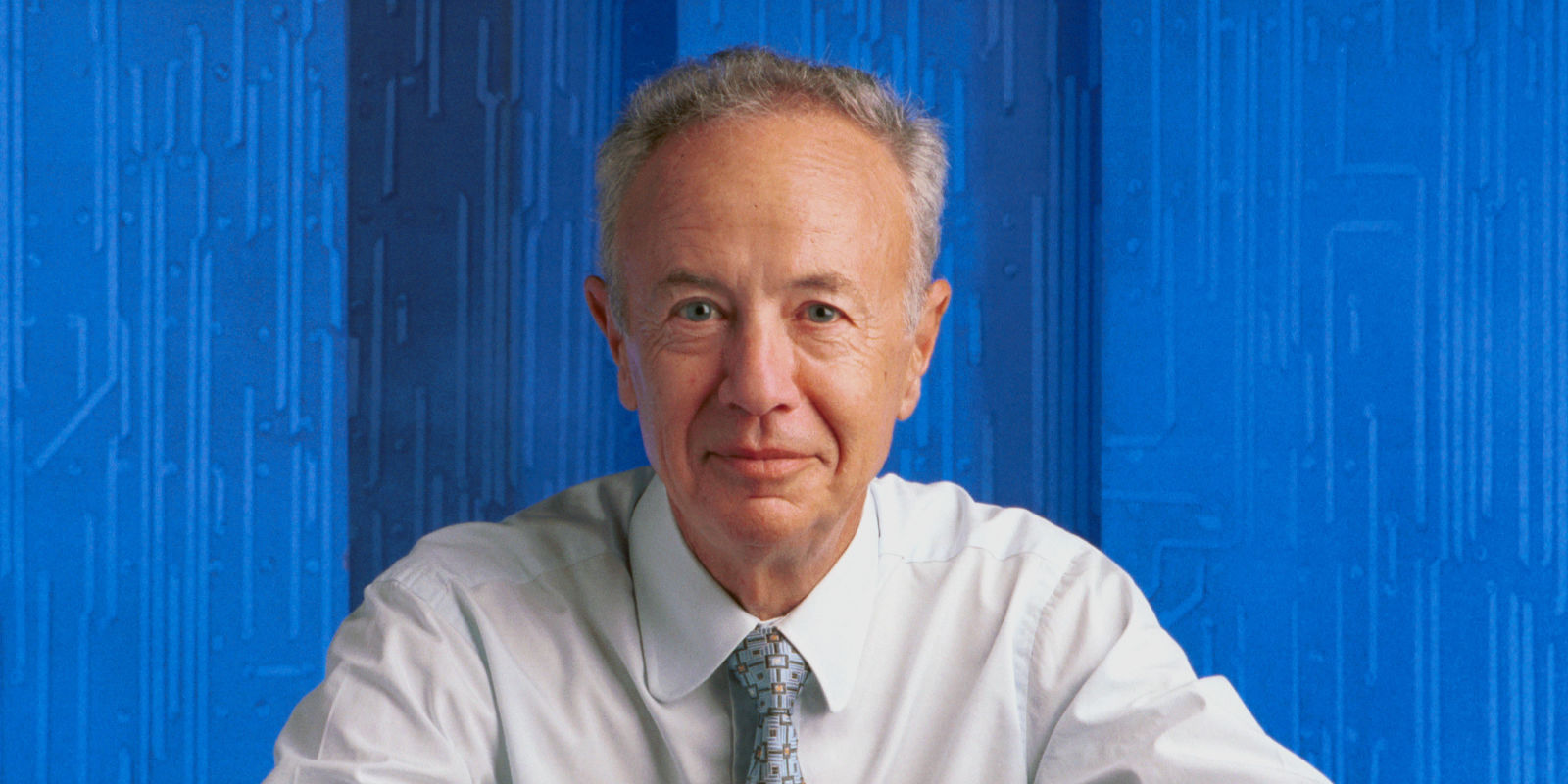 andrew grove and intel Andrew s grove, the longtime chief executive and chairman of intel corporation  who was one of the most acclaimed and influential.